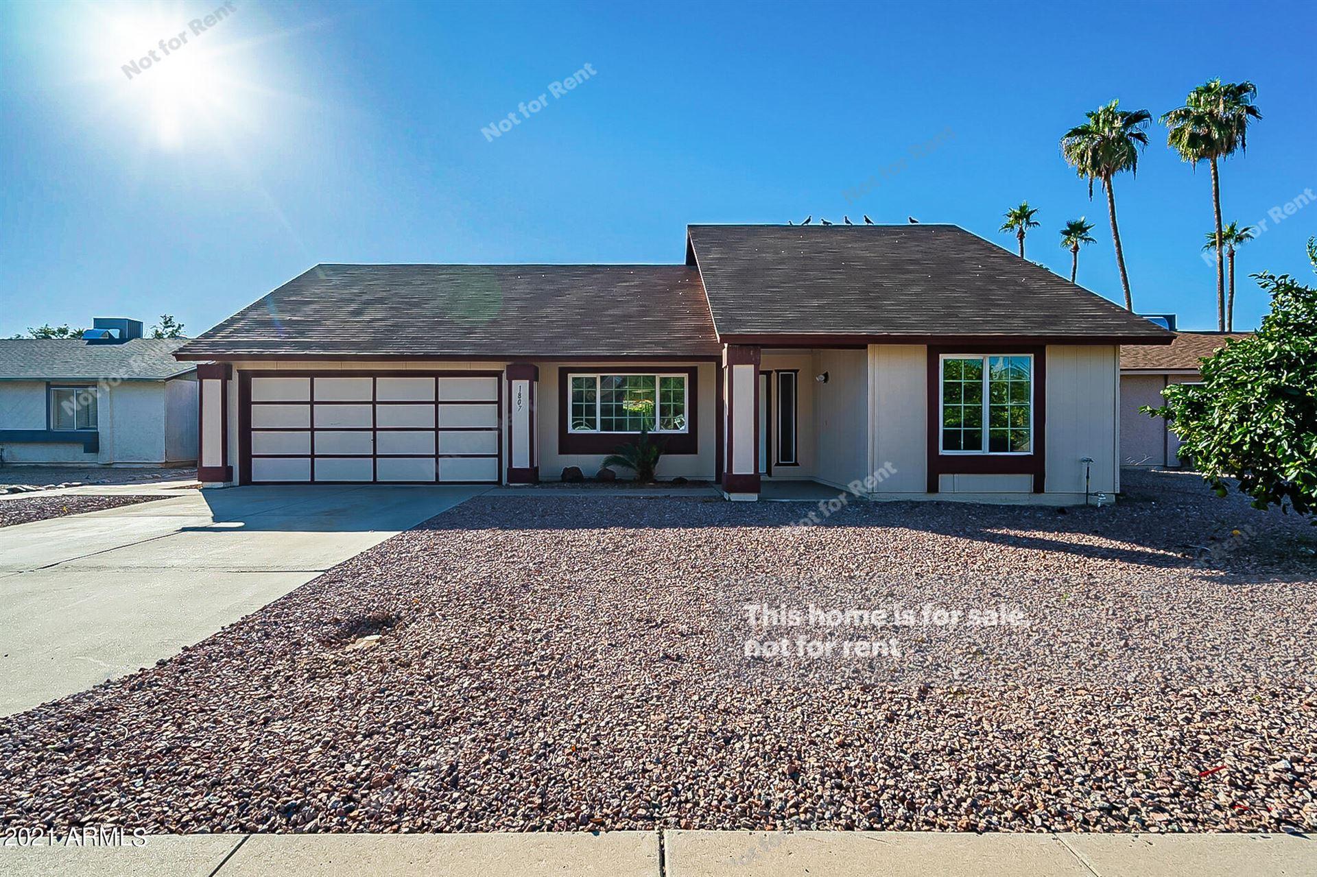 Photo of 1807 W MISSION Drive, Chandler, AZ 85224 (MLS # 6307851)