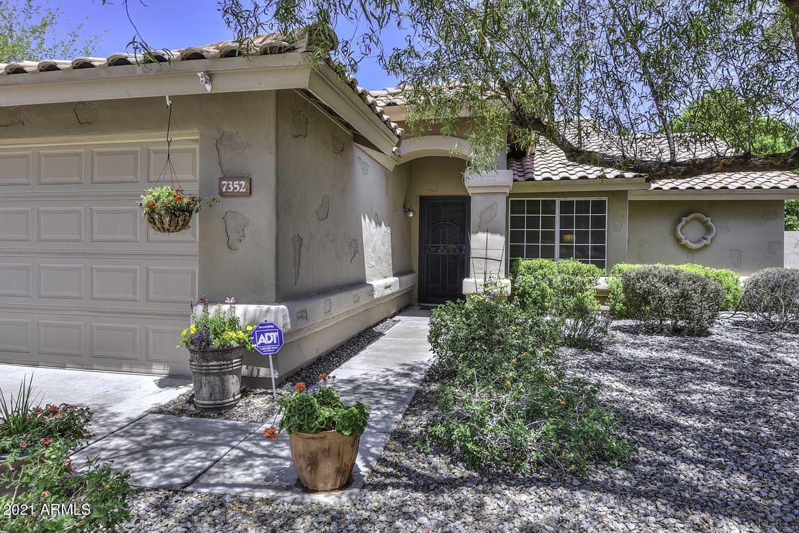 Photo of 7352 W VIA DEL SOL Drive, Glendale, AZ 85310 (MLS # 6231852)