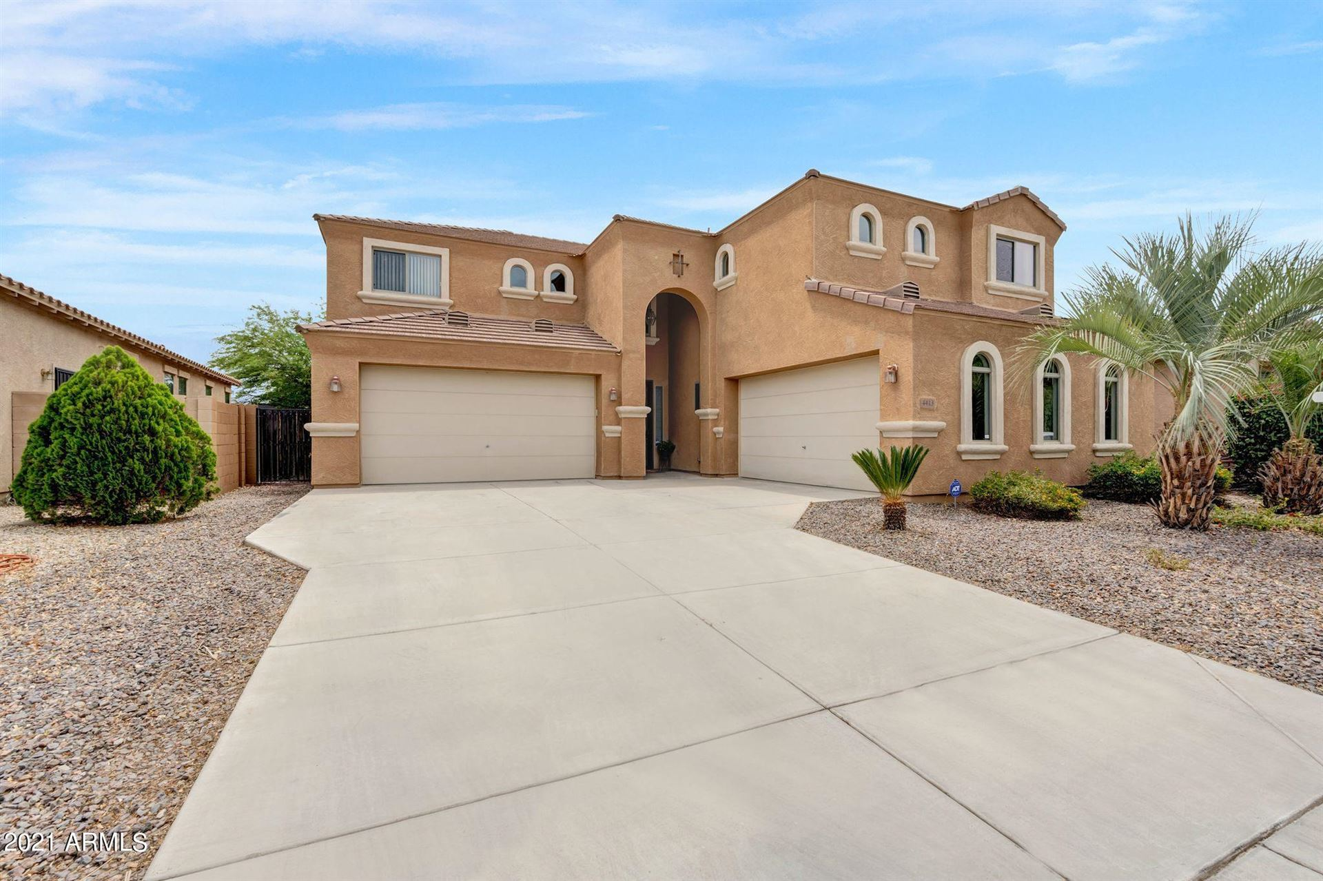 Photo of 4413 E ODESSA Drive, San Tan Valley, AZ 85140 (MLS # 6231855)
