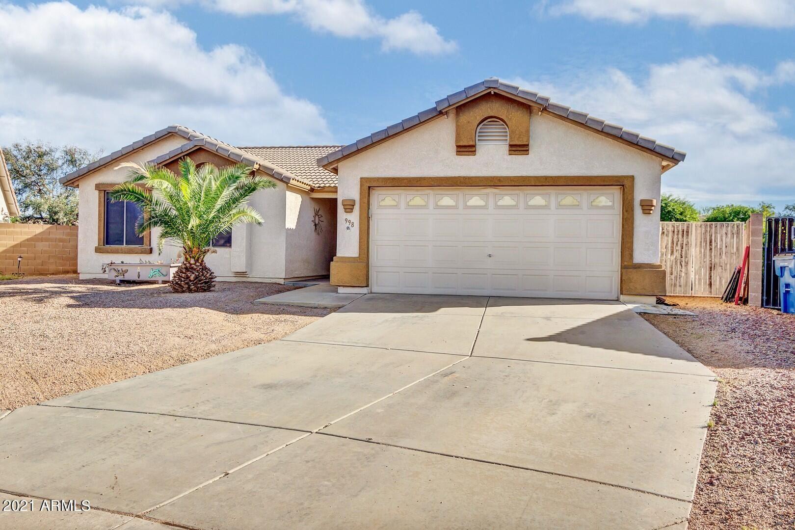 Photo of 998 W ROSAL Avenue, Apache Junction, AZ 85120 (MLS # 6300857)