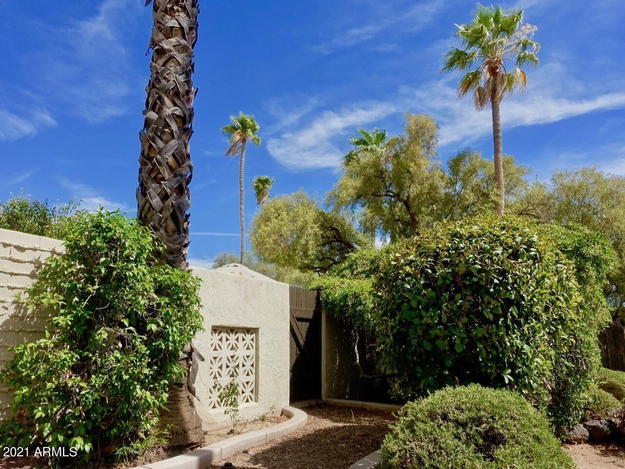 Photo of 37222 N Tranquil Trail, Carefree, AZ 85377 (MLS # 6249862)
