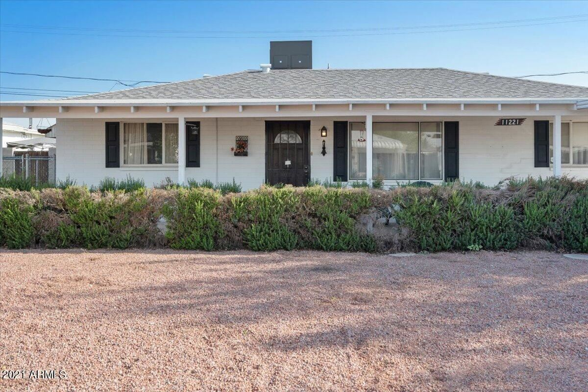 Photo of 11221 W MONTANA Avenue, Youngtown, AZ 85363 (MLS # 6296865)