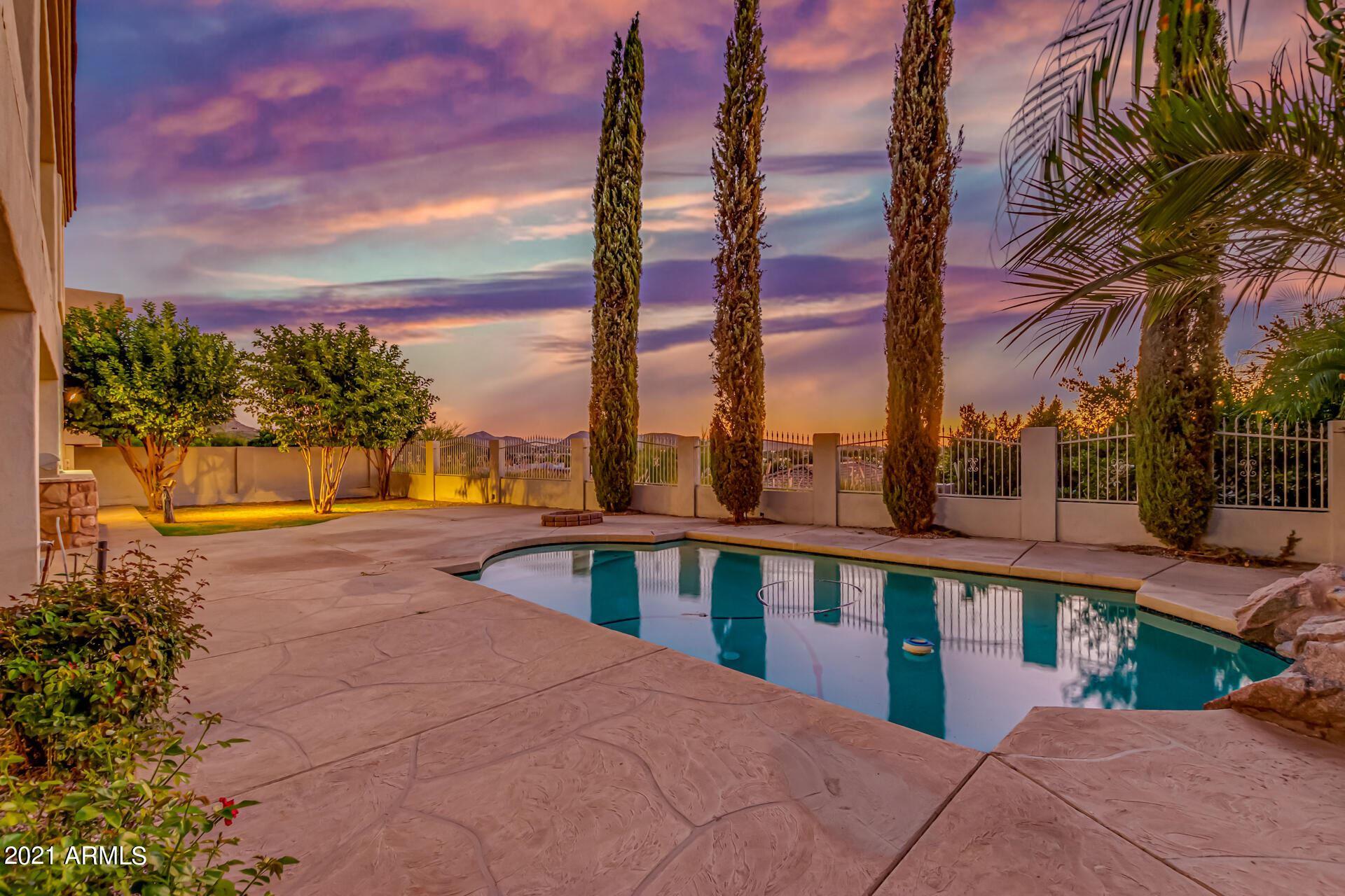 Photo of 18422 N 14TH Street, Phoenix, AZ 85022 (MLS # 6307873)