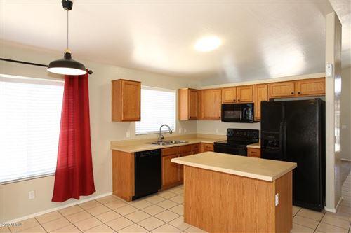Photo of 3025 W GRENADINE Road, Phoenix, AZ 85041 (MLS # 6099874)