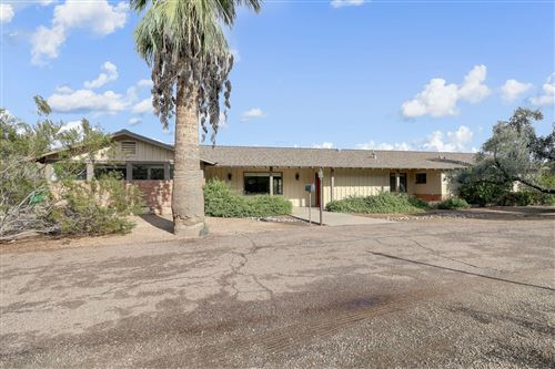 Photo of 6017 N INVERGORDON Road, Paradise Valley, AZ 85253 (MLS # 6007875)
