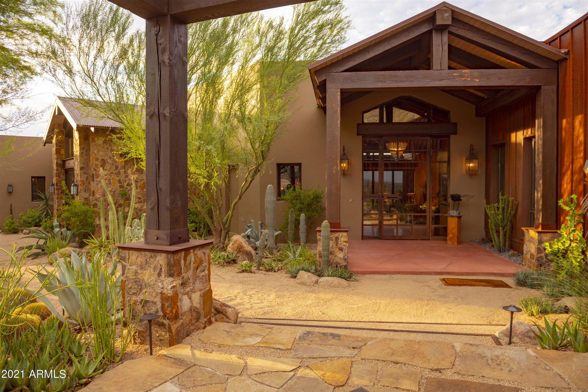 Photo of 6711 E El Sendero Road, Carefree, AZ 85377 (MLS # 6284877)