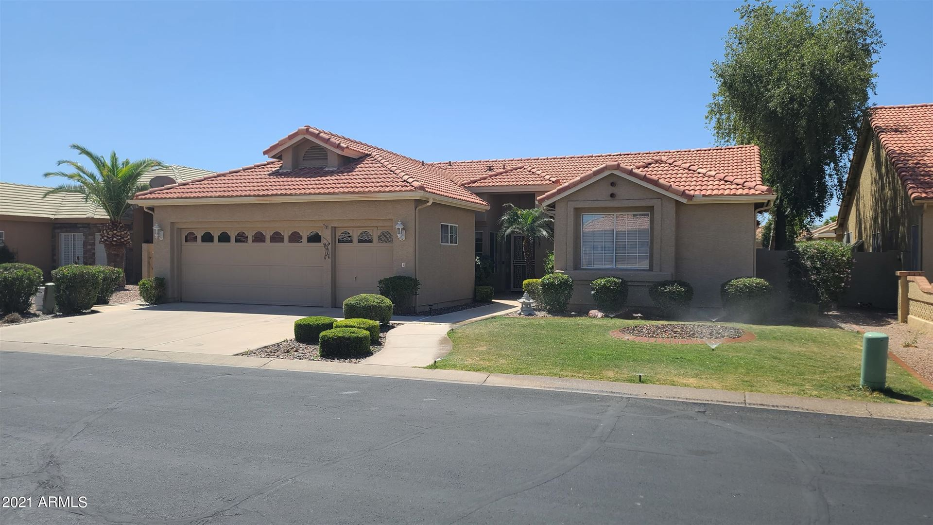 Photo of 10637 E NACOMA Drive, Sun Lakes, AZ 85248 (MLS # 6224881)
