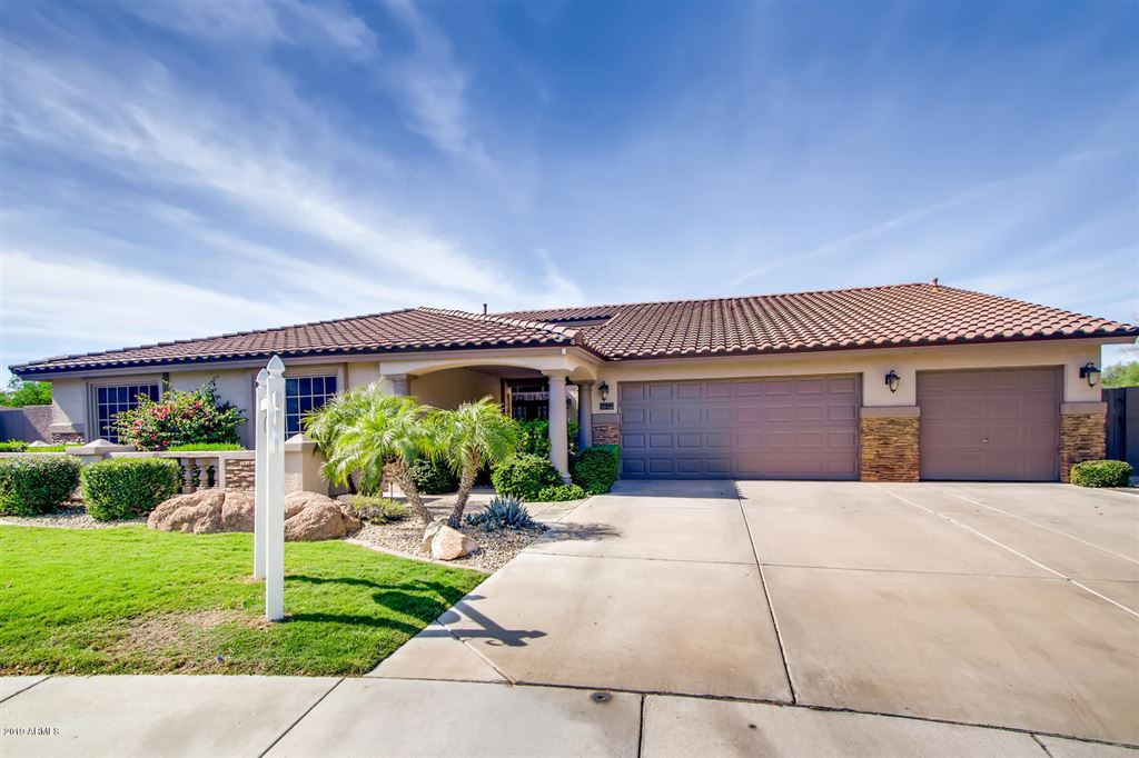 Photo for 27826 N 46TH Place, Cave Creek, AZ 85331 (MLS # 5987883)