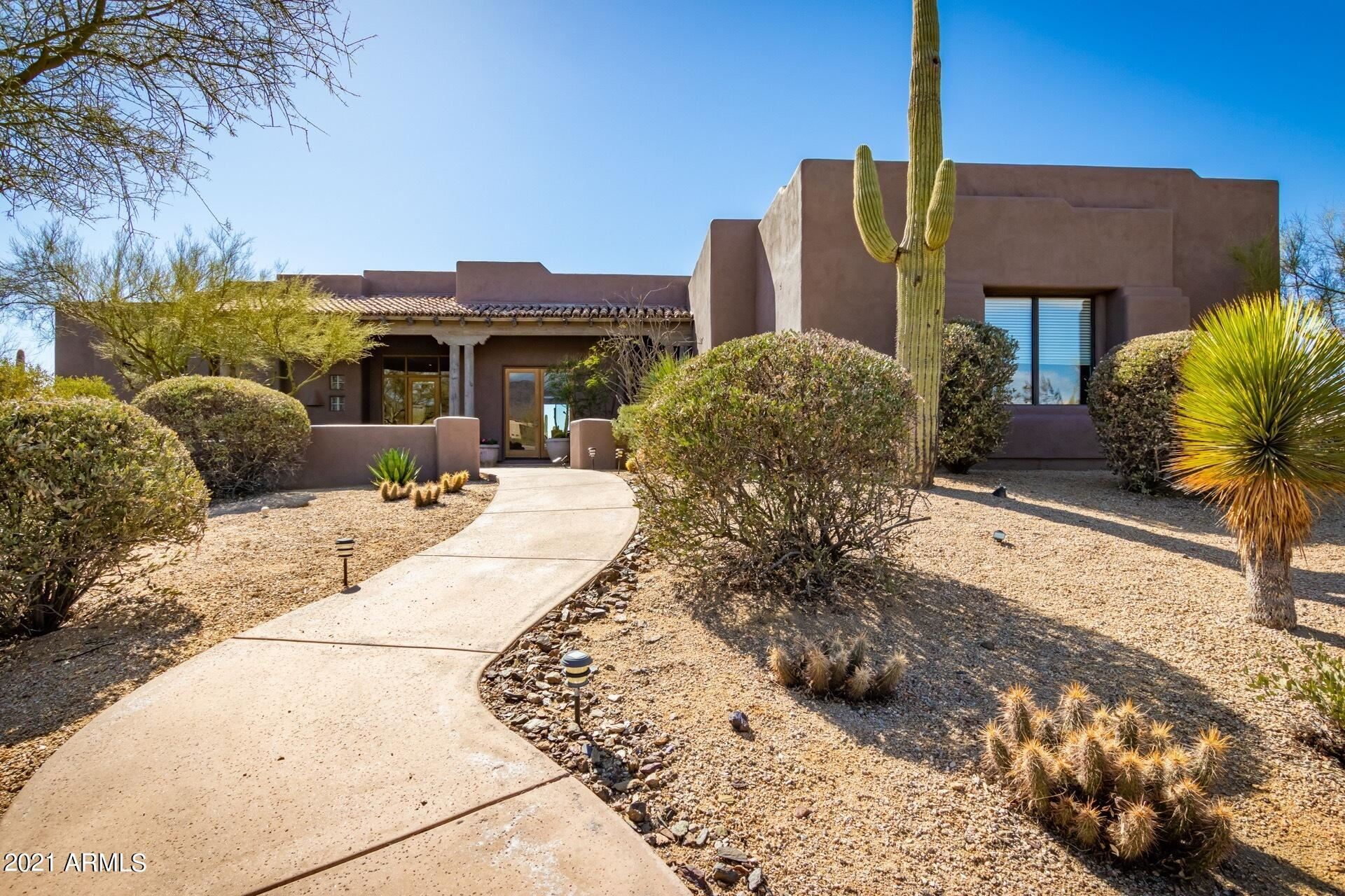Photo of 7533 E TRANQUIL Place, Carefree, AZ 85377 (MLS # 6193885)