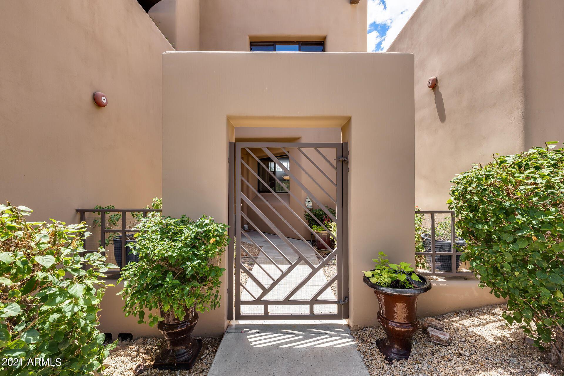 Photo of 17025 E LA MONTANA Drive #123, Fountain Hills, AZ 85268 (MLS # 6271885)