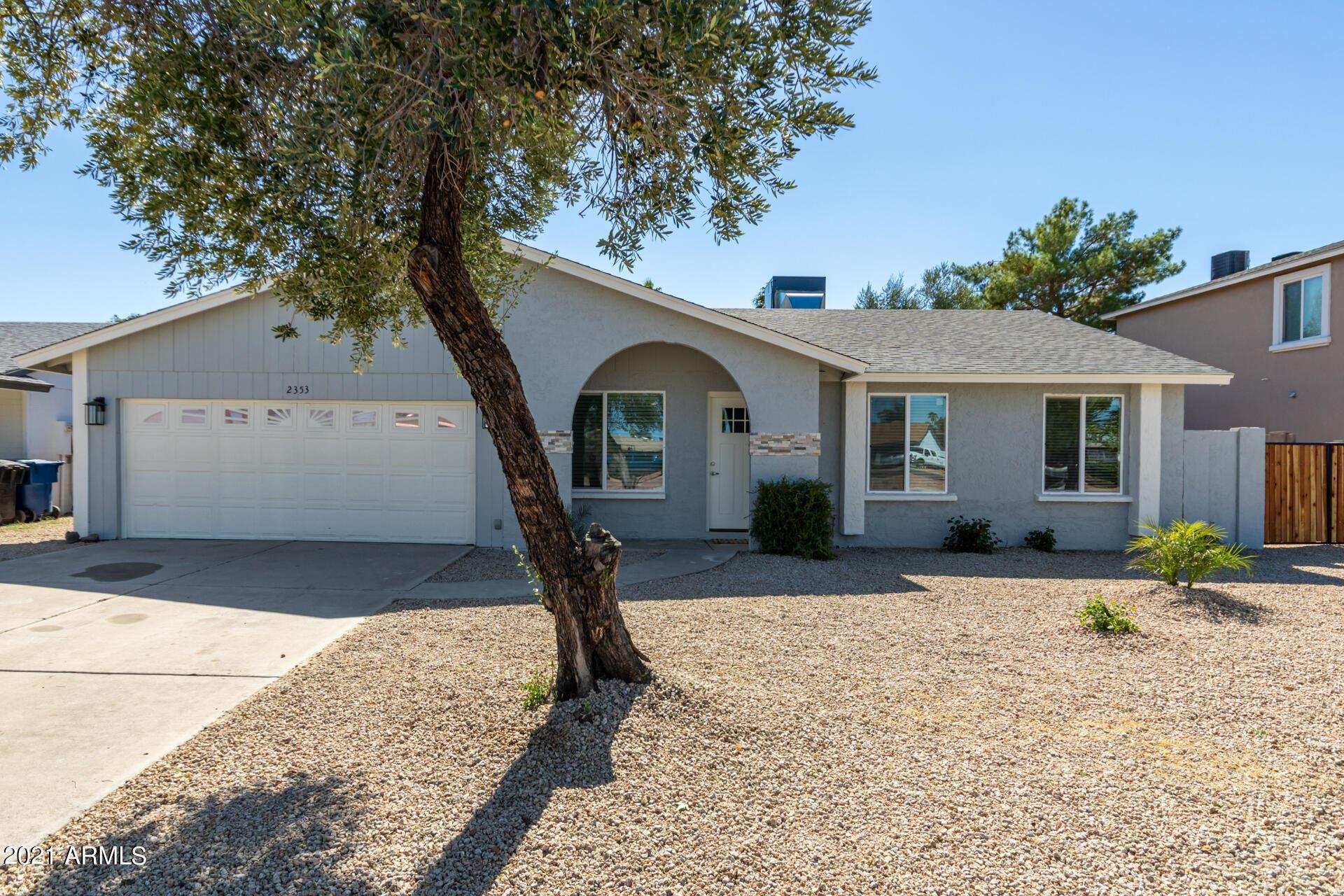 Photo of 2353 E HAMPTON Avenue, Mesa, AZ 85204 (MLS # 6307891)
