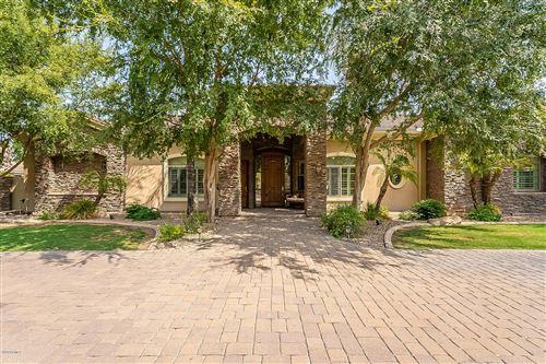 Photo of 51 N CORONADO Road, Gilbert, AZ 85234 (MLS # 6139892)
