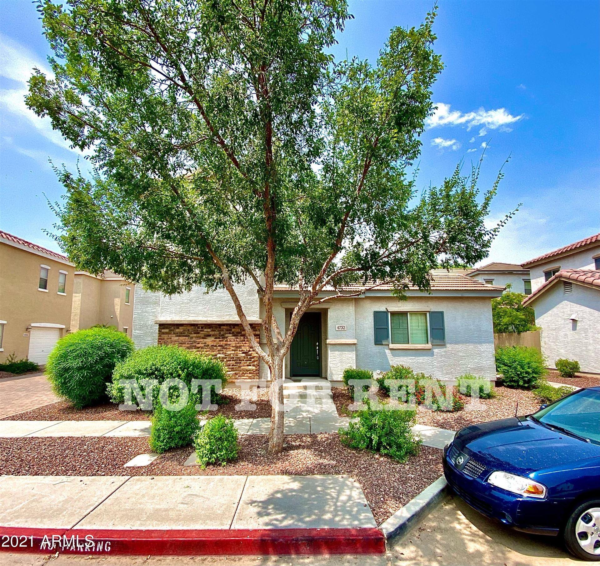 Photo of 4732 E LAUREL Avenue, Gilbert, AZ 85234 (MLS # 6268892)