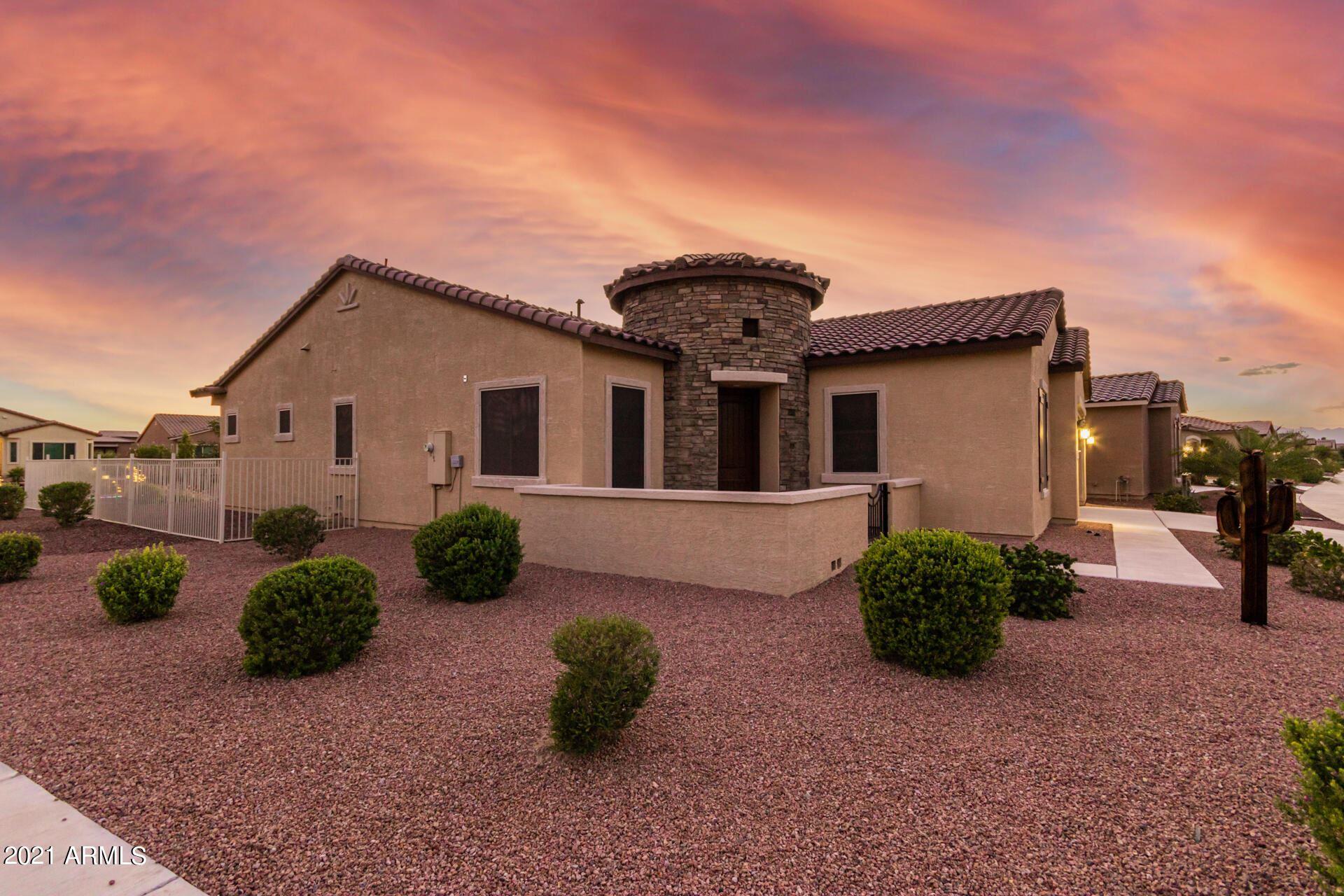 Photo for 41679 W SUMMER SUN Lane, Maricopa, AZ 85138 (MLS # 6285894)