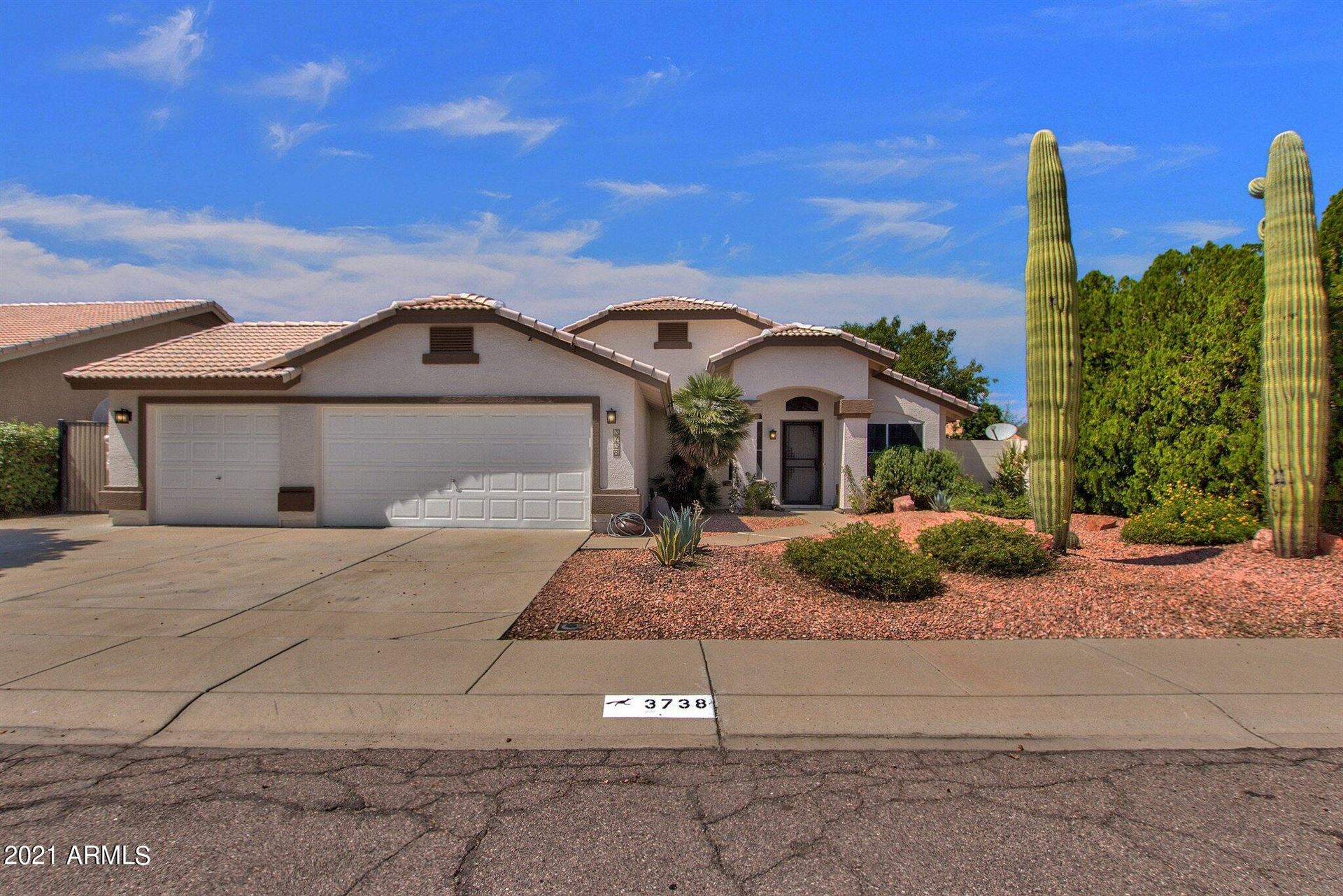 Photo of 3738 W Mariposa Grande Lane, Glendale, AZ 85310 (MLS # 6293899)