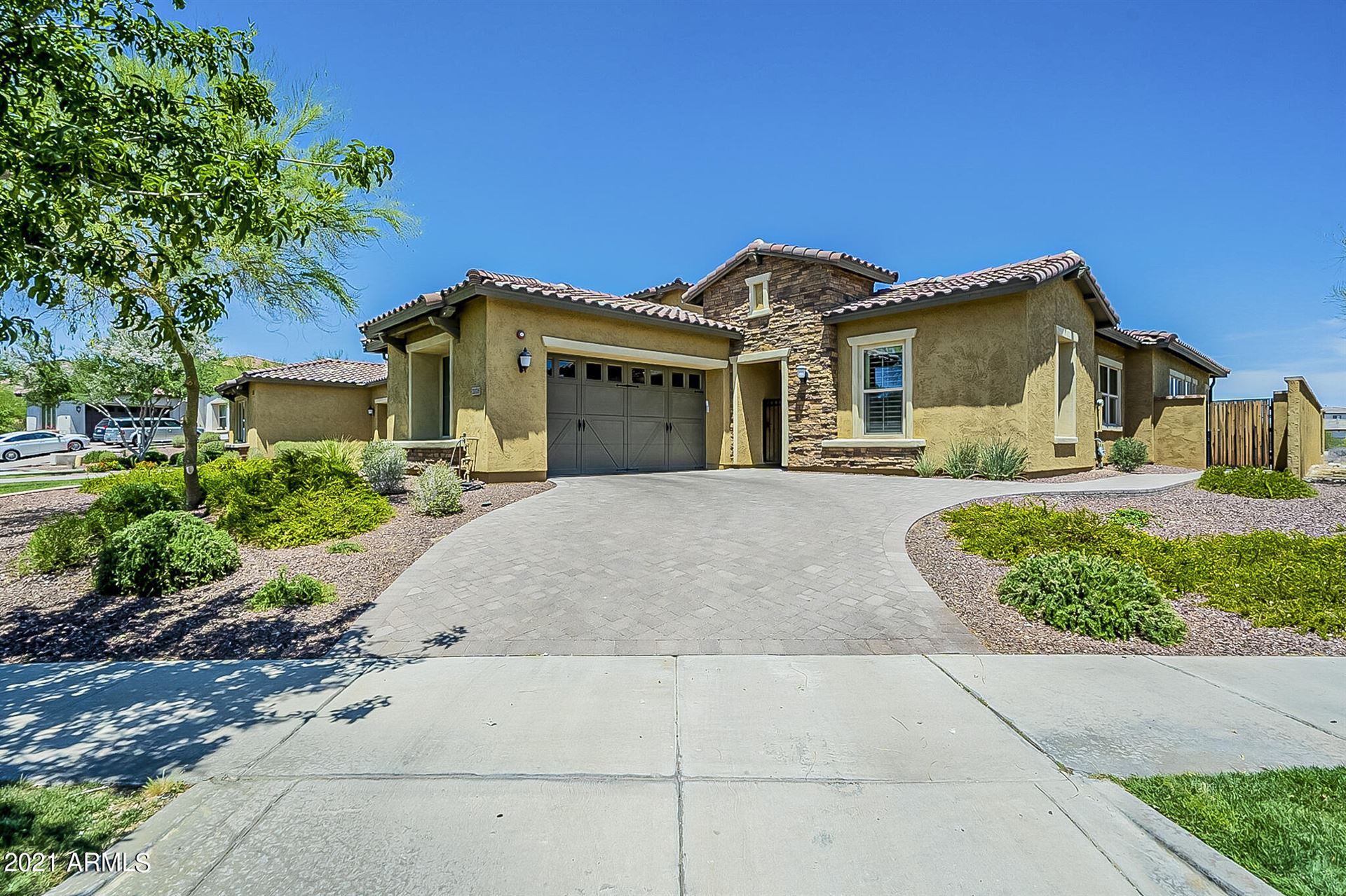 Photo of 20718 W CANYON Drive, Buckeye, AZ 85396 (MLS # 6230900)