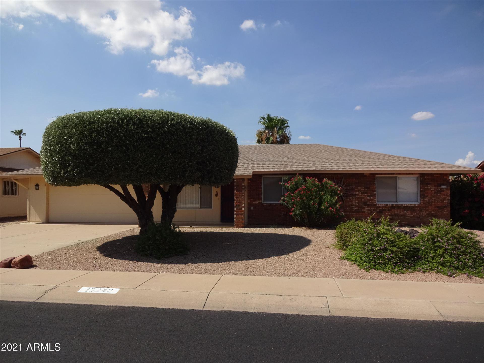 Photo of 13242 W LA TERRAZA Drive, Sun City West, AZ 85375 (MLS # 6270900)