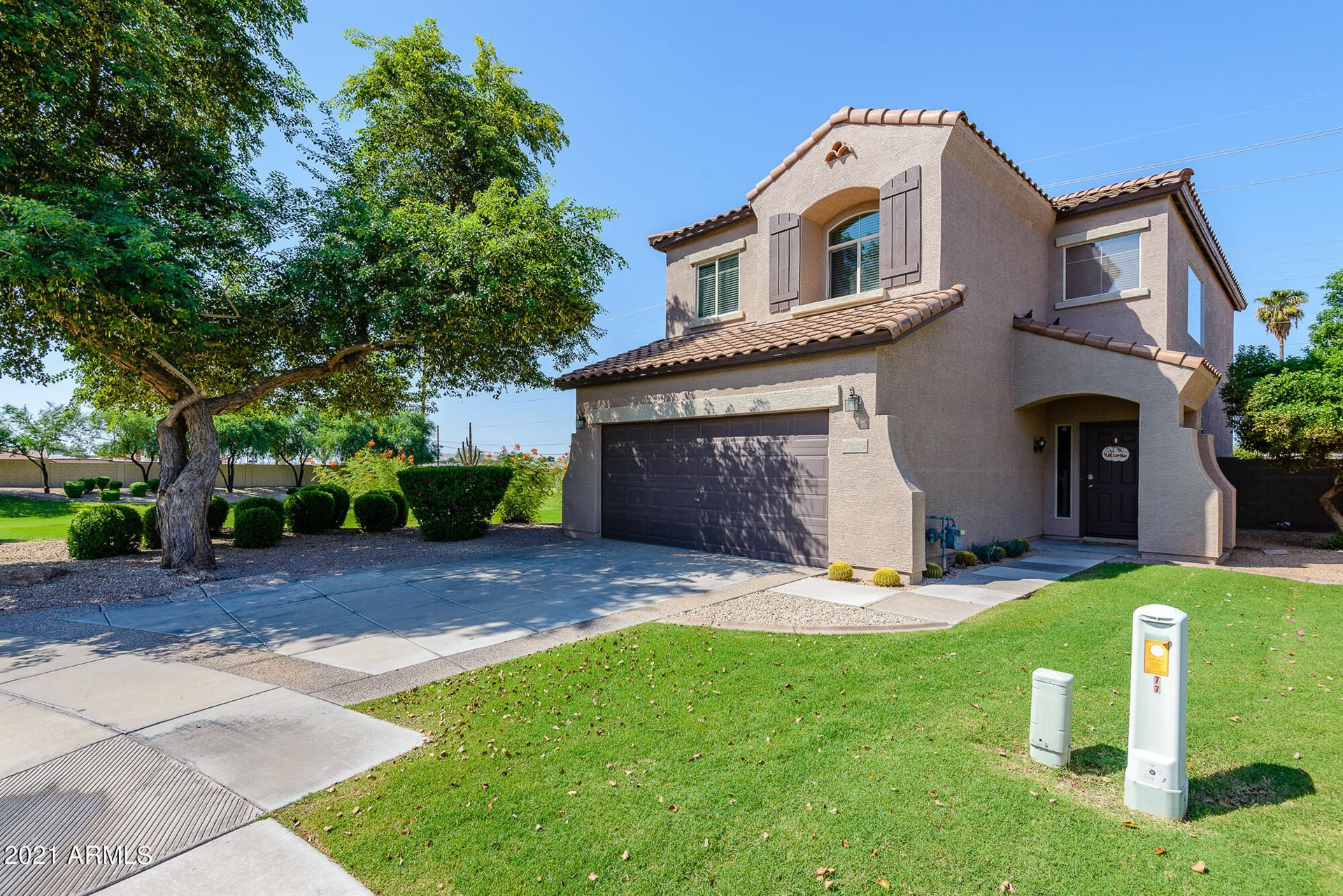Photo of 10809 E BOSTON Street, Apache Junction, AZ 85120 (MLS # 6291901)