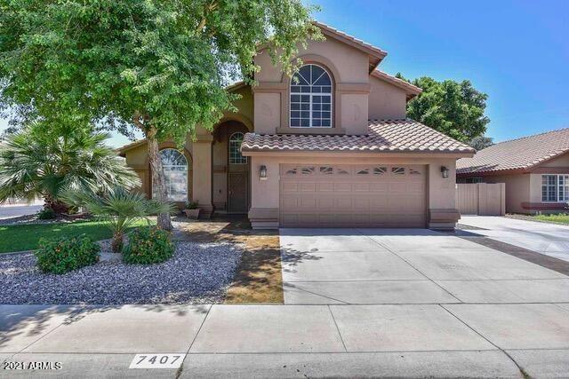 Photo of 7407 W ROBIN Lane, Glendale, AZ 85310 (MLS # 6229906)
