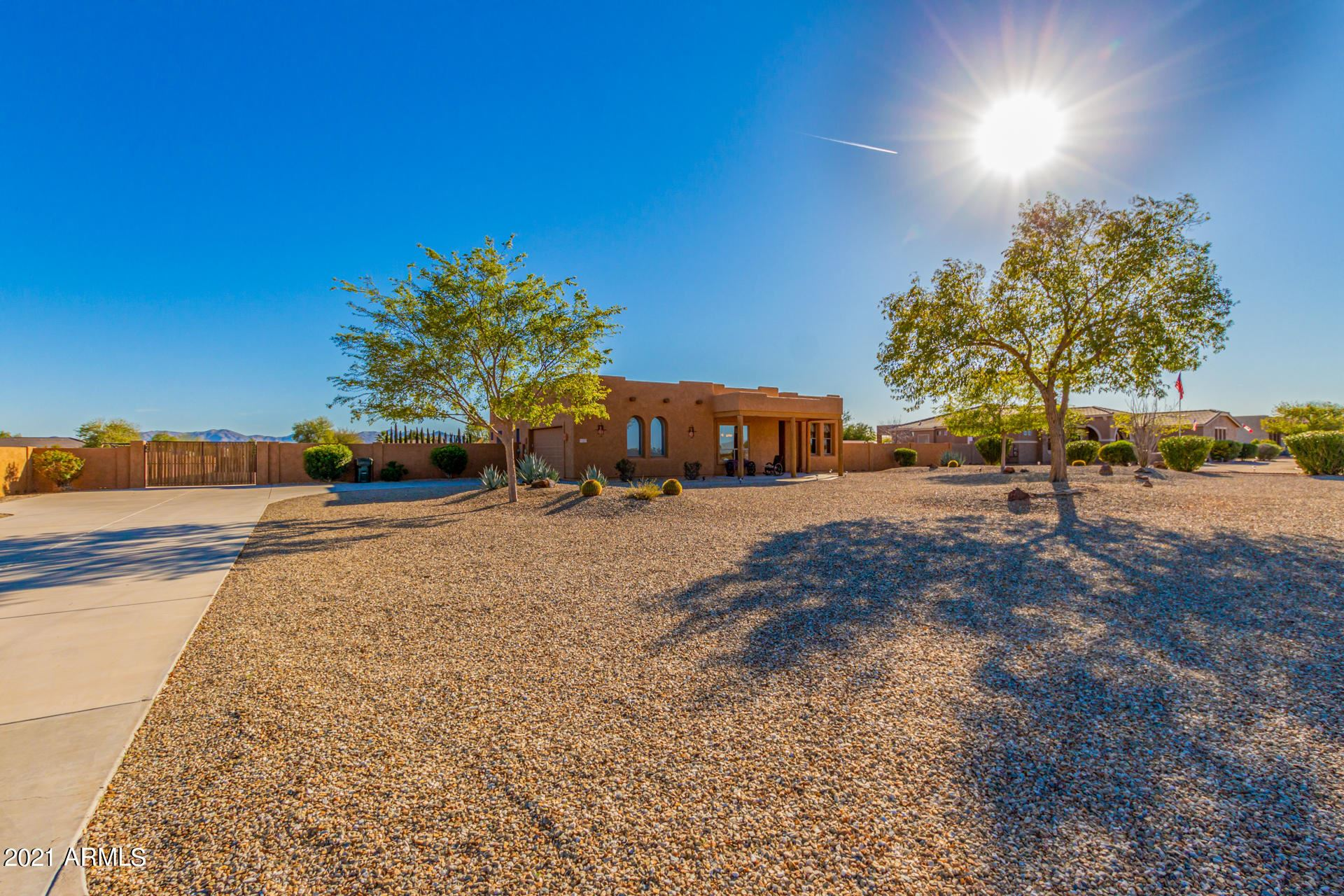 Photo of 22931 W PEAK VIEW Road, Wittmann, AZ 85361 (MLS # 6200908)