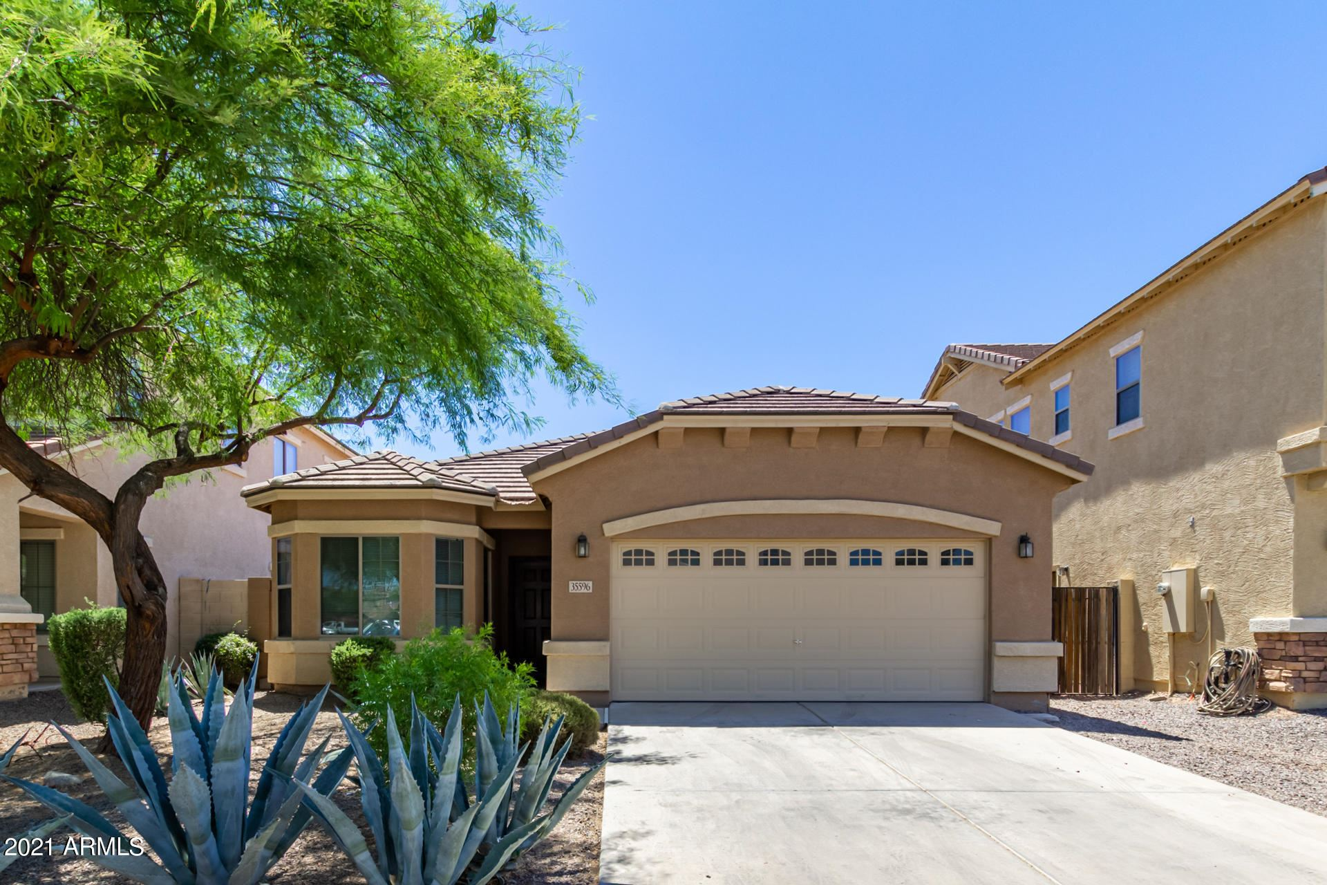 Photo of 35596 N ZACHARY Road N, Queen Creek, AZ 85142 (MLS # 6248910)