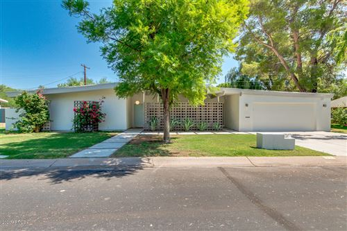 Photo of 37 SPUR Circle, Scottsdale, AZ 85251 (MLS # 6137911)
