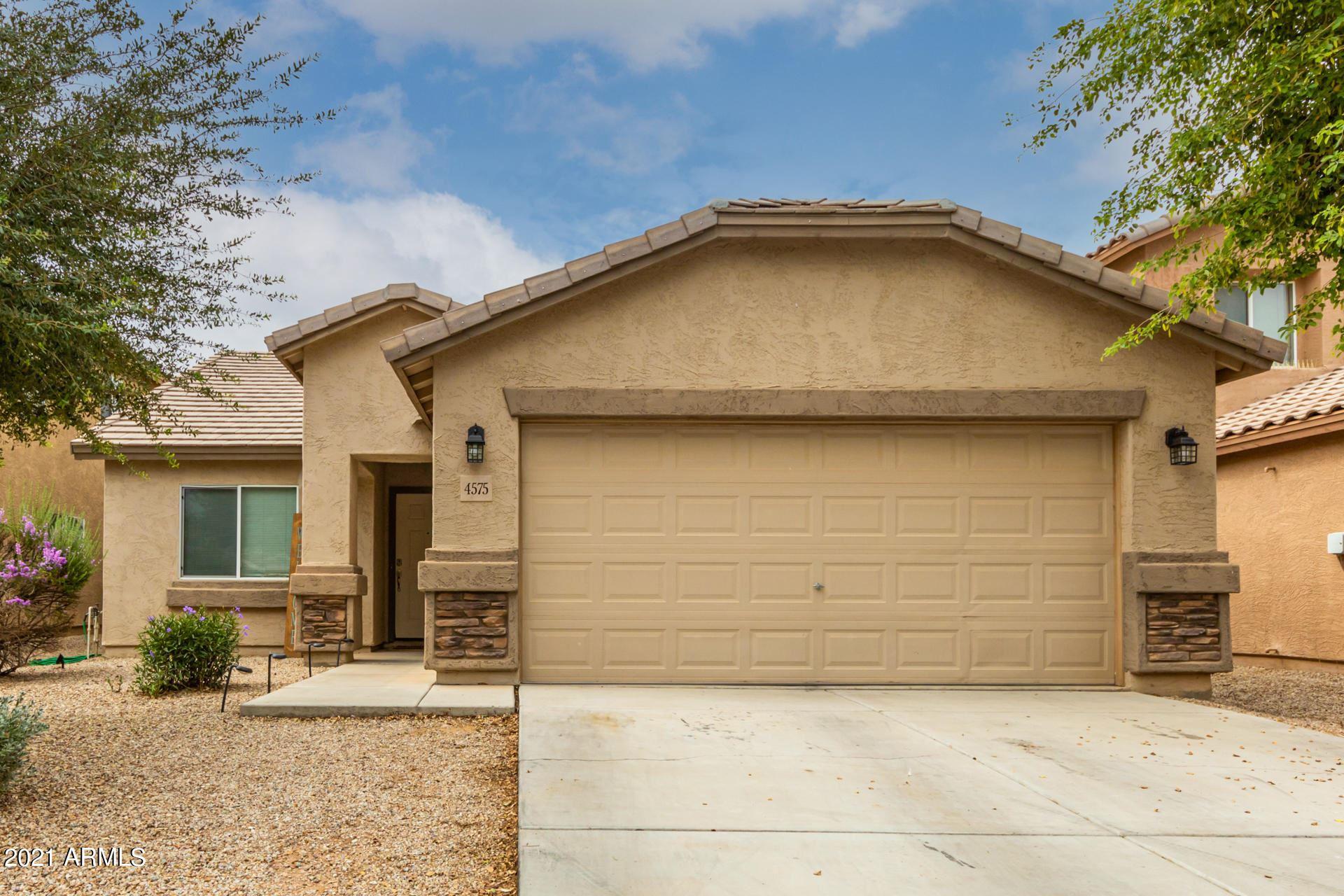 Photo of 4575 E SUPERIOR Road, San Tan Valley, AZ 85143 (MLS # 6268915)