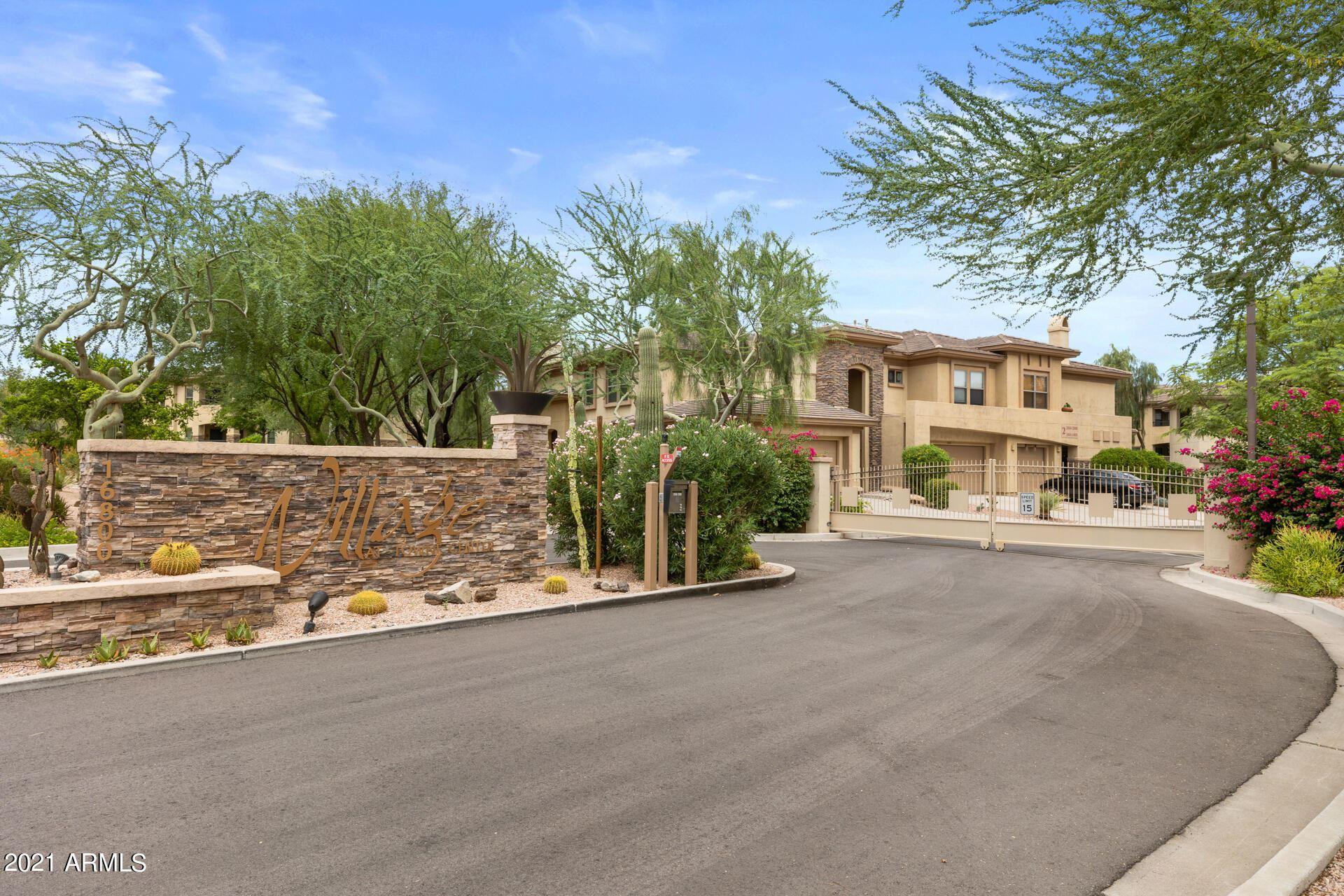 Photo of 16800 E EL LAGO Boulevard #2084, Fountain Hills, AZ 85268 (MLS # 6270932)