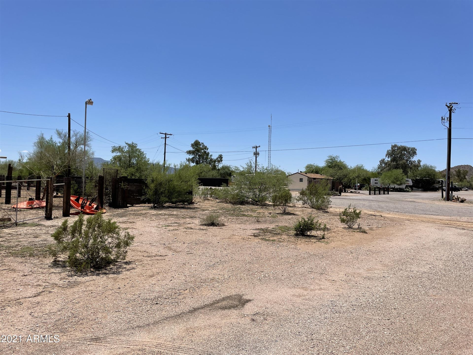 Photo for 851 S John Wayne Parkway, Maricopa, AZ 85138 (MLS # 6281946)