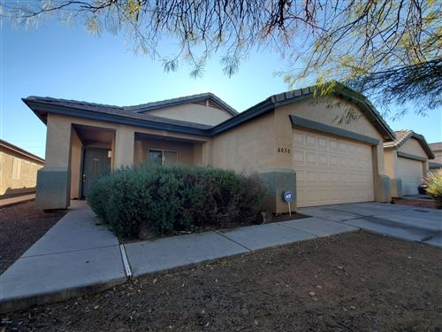 Photo of 6035 W ENCINAS Lane, Phoenix, AZ 85043 (MLS # 6026952)