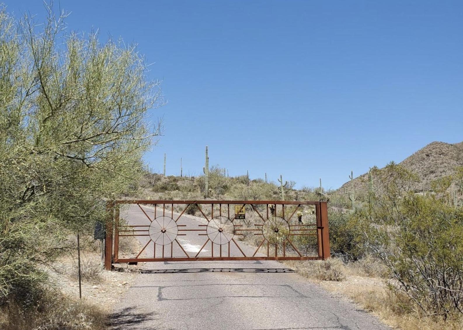 Photo of 0 N Sierra Vista Road, Cave Creek, AZ 85331 (MLS # 6231952)
