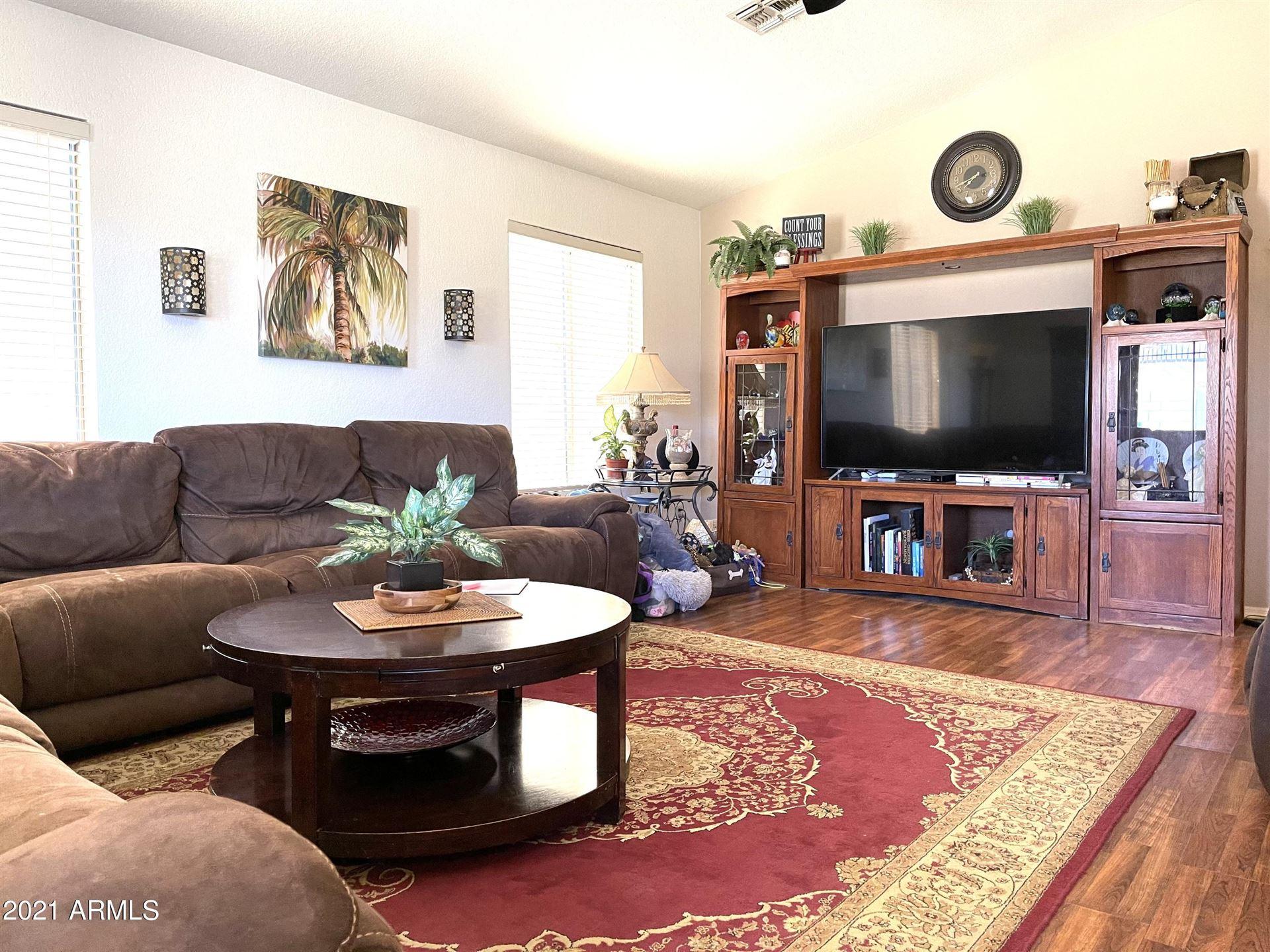 Photo of 5605 S 14TH Way, Phoenix, AZ 85040 (MLS # 6199954)