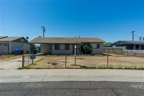 Photo of 2833 W BANFF Lane, Phoenix, AZ 85053 (MLS # 6233956)