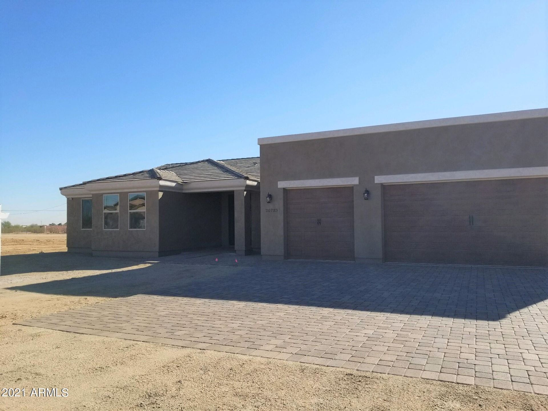 Photo of 20723 W MADRE DEL ORO Drive, Wittmann, AZ 85361 (MLS # 6278959)