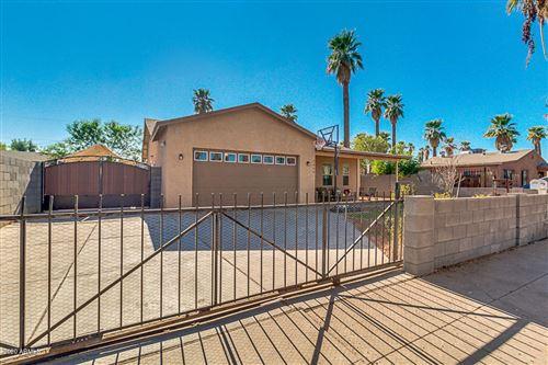 Photo of 2039 W MONROE Street, Phoenix, AZ 85009 (MLS # 6164965)
