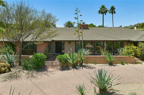 Photo of 4430 E MADEROS DEL CUENTA Drive, Paradise Valley, AZ 85253 (MLS # 6077969)