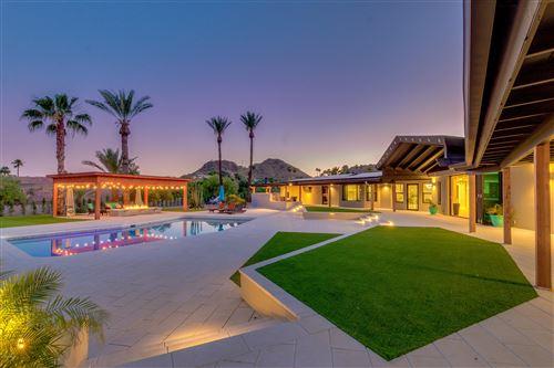 Photo of 7323 N Lakeside Lane, Paradise Valley, AZ 85253 (MLS # 6081969)