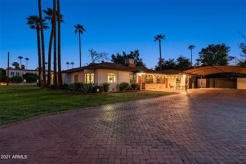 Photo of 2210 ENCANTO Drive NE, Phoenix, AZ 85007 (MLS # 6285969)