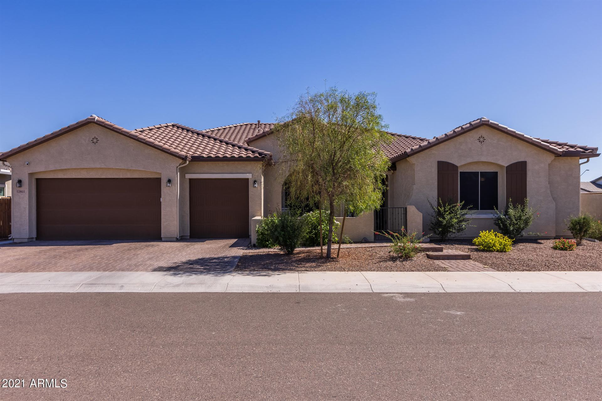 Photo of 13851 W WEAVER Court, Litchfield Park, AZ 85340 (MLS # 6231969)