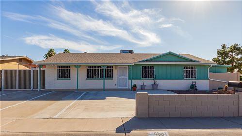 Photo of 4551 W SANNA Street, Glendale, AZ 85302 (MLS # 6166970)
