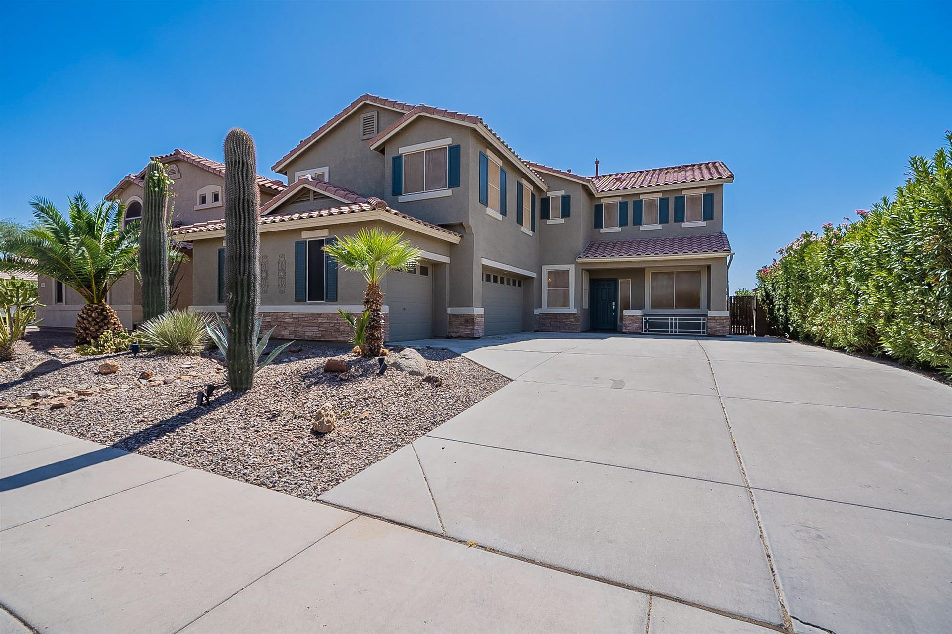 Photo for 21568 N BACKUS Drive, Maricopa, AZ 85138 (MLS # 6223974)