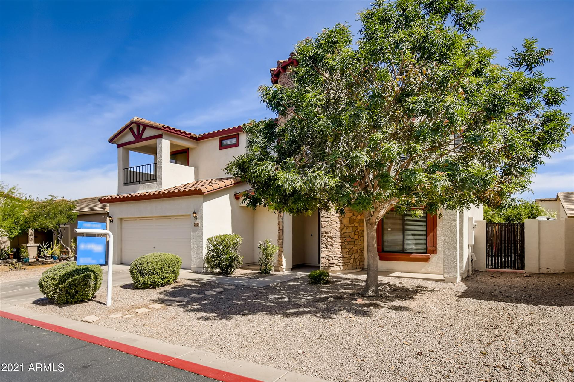 Photo of 2304 E GREENLEE Avenue, Apache Junction, AZ 85119 (MLS # 6246974)