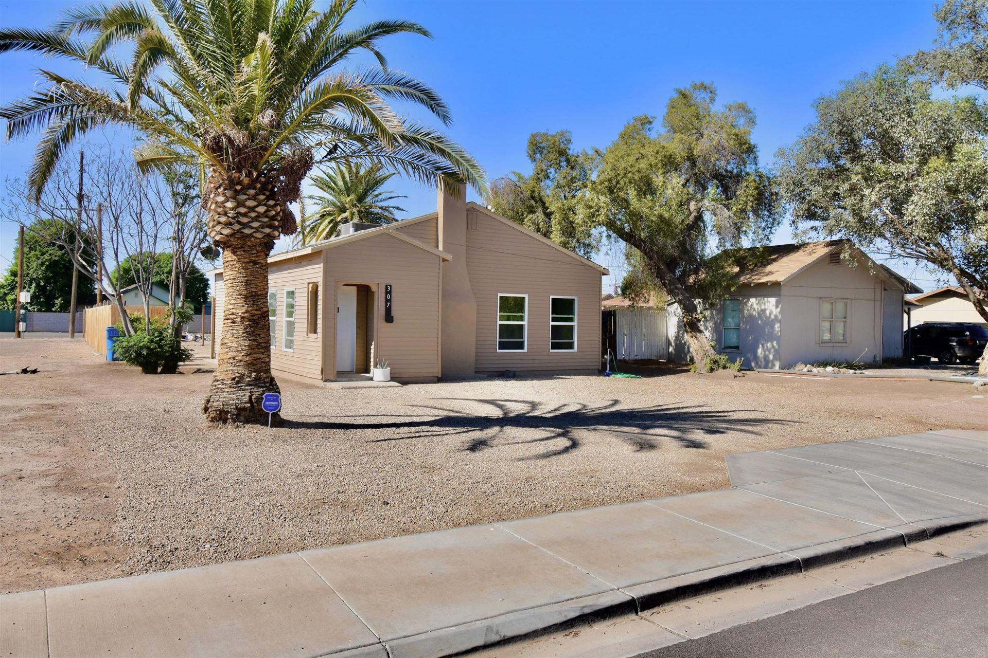 Photo of 307 E EASON Avenue, Buckeye, AZ 85326 (MLS # 6231978)