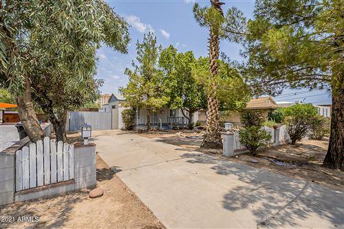 Photo of 230 W 1ST Avenue, Mesa, AZ 85210 (MLS # 6268979)