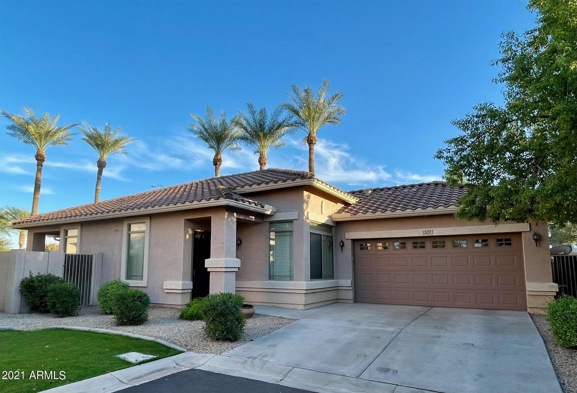 Photo of 1327 E MARLIN Drive, Chandler, AZ 85286 (MLS # 6310980)