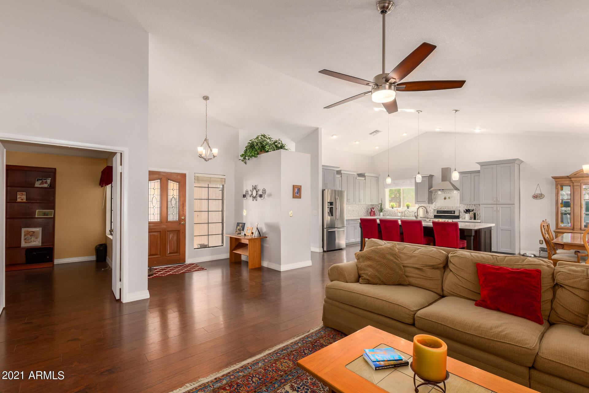 Photo of 1232 N KENNETH Place, Chandler, AZ 85226 (MLS # 6304981)