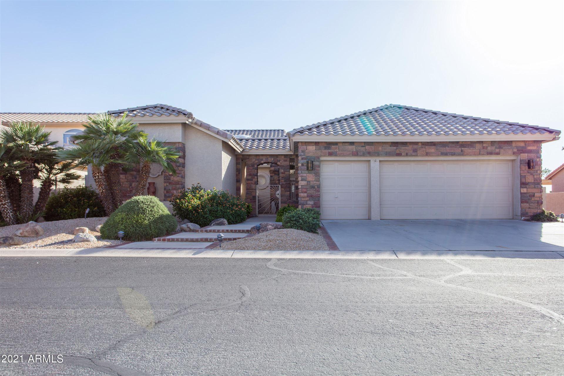 Photo of 9501 E SUNRIDGE Drive, Sun Lakes, AZ 85248 (MLS # 6307984)