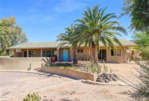 Photo of 7825 E CAREFREE ESTATES Circle, Carefree, AZ 85377 (MLS # 6097987)
