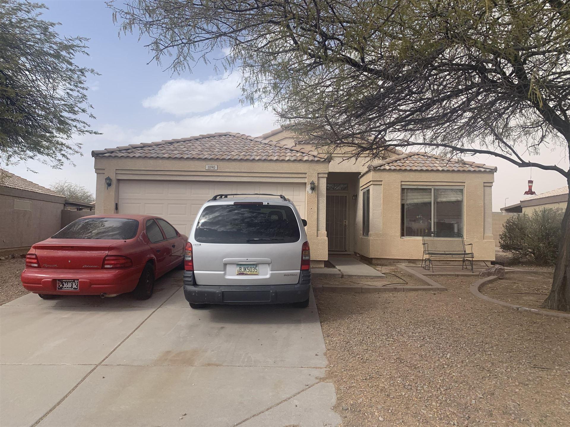 Photo of 1090 W 22ND Avenue, Apache Junction, AZ 85120 (MLS # 6227987)