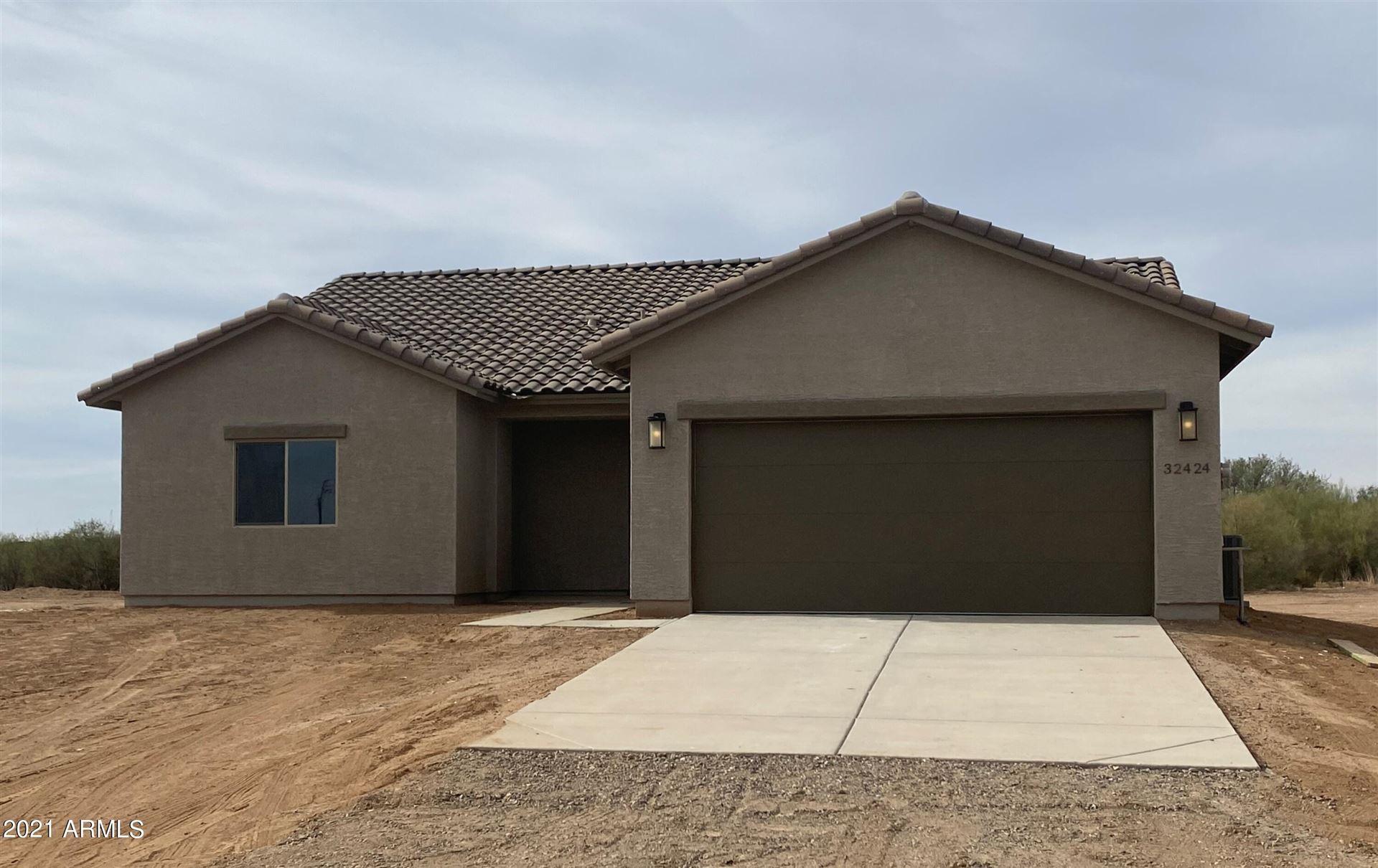Photo of 32424 N 225th Drive, Wittmann, AZ 85361 (MLS # 6279989)